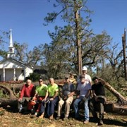 Neighbors help neighbors after Hurricane Michael slams Southwest Georgia